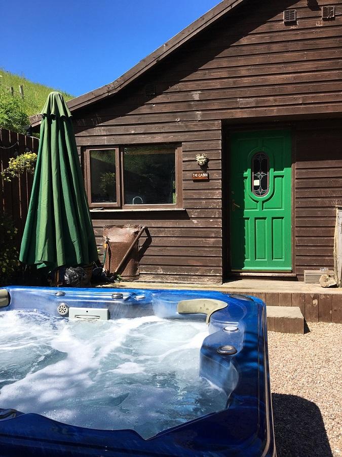 Secret Log Cabin with Hot Tub