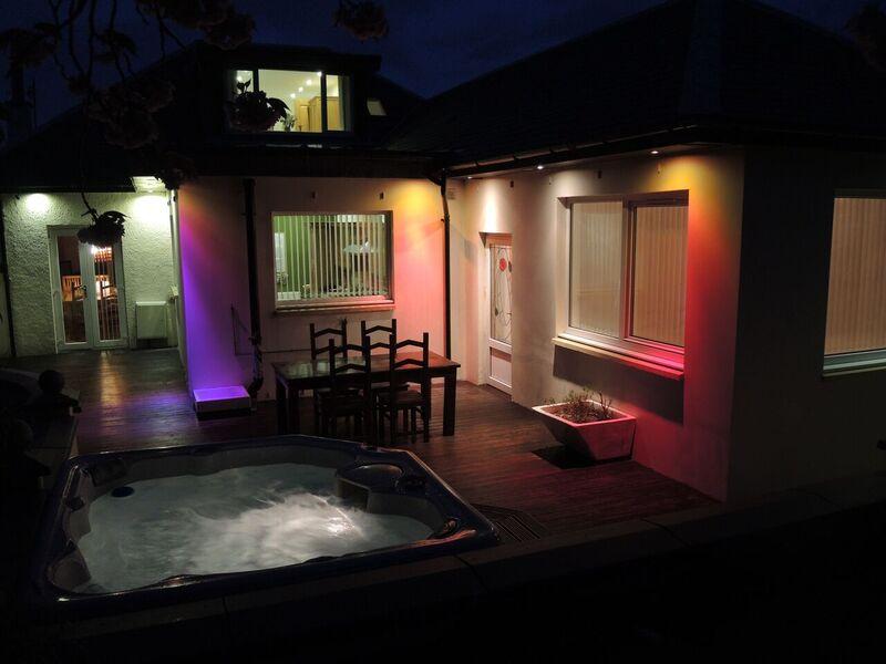 Luxury Seaside Villa with Hot Tub