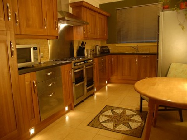 Log cabins in scotland find luxury hot tub cabins tattoo for Luxury kitchens scotland